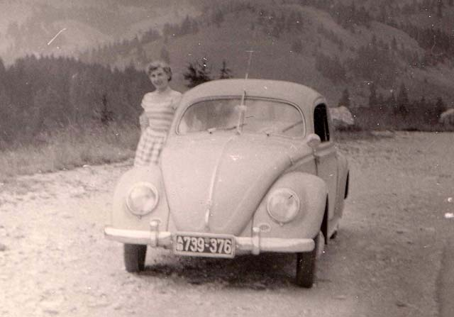 Historisches Bild VW Käfer