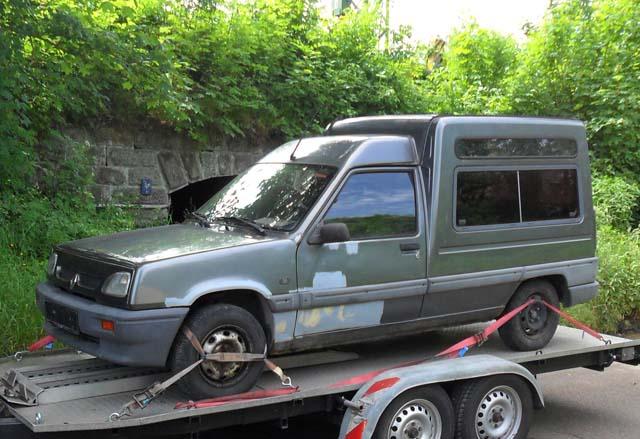 Renault Rakip