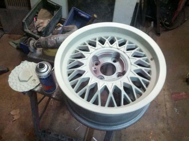 Ford RS Kreuzspeichenfelge 7J15