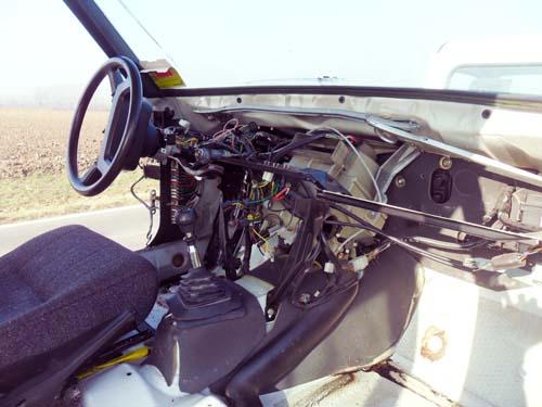 Leergeräumtes Armaturenbrett Volvo