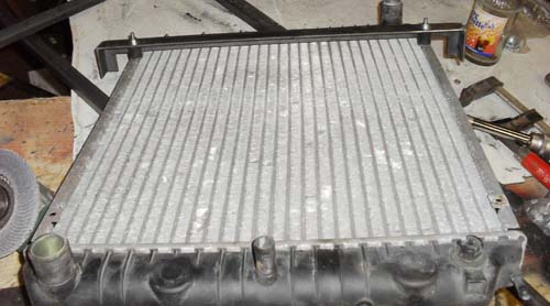 Kühlerbefestigung