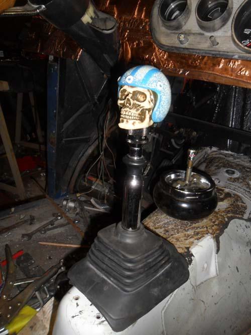 Schaltknauf Totenschädel Skull mit Helm