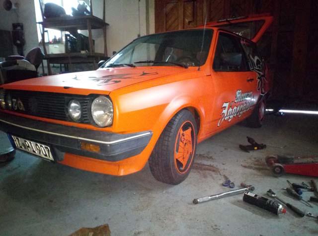 VW Polo 86C Orange