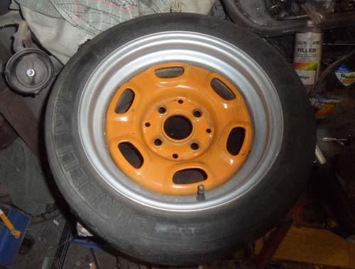 Verbreiterte Stahlfelgen VW Passat 32B