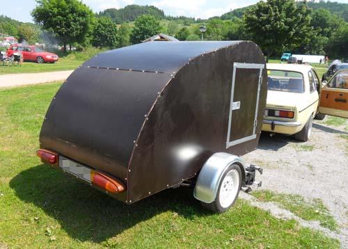 selbstgebauter Wohnwagen