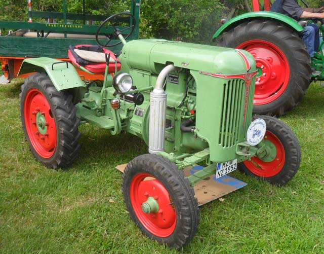 Normag Traktor