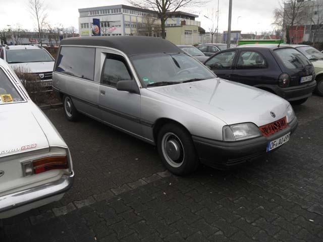 Opel Omega Leichenwagen