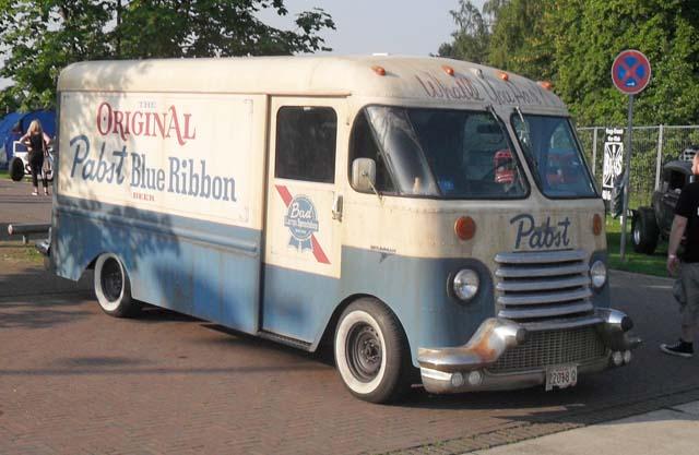 "Grumman Olson Chevrolet Kurb Side Van"" width="