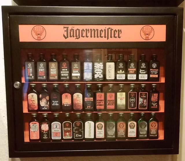 Jägermeister Vitrine